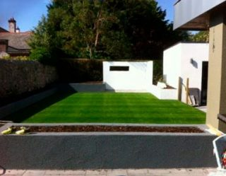 Artificial Grass Lawn + white wall, Galway