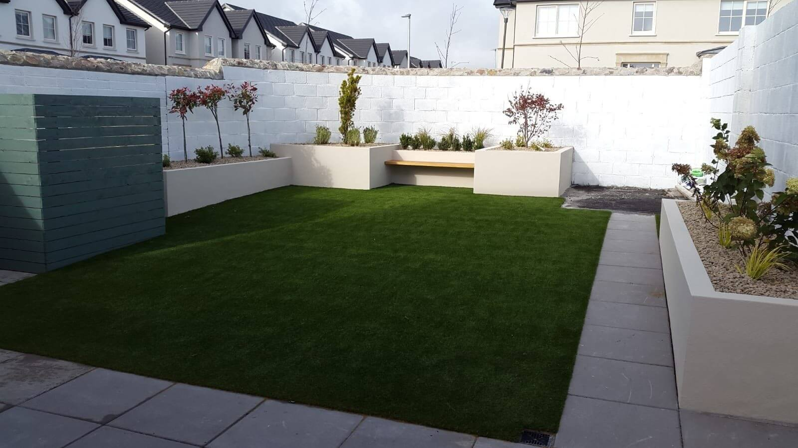 Artificial Grass Lawn + walls +seat_Galway